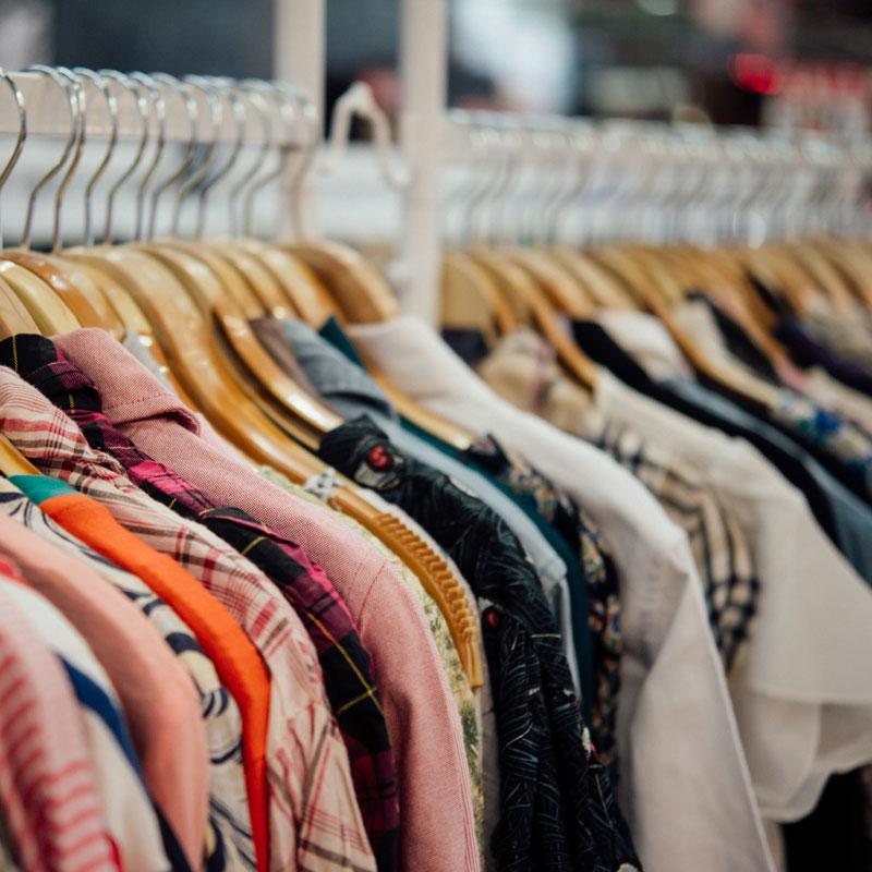 Aspettando il mercatino - abbigliamento